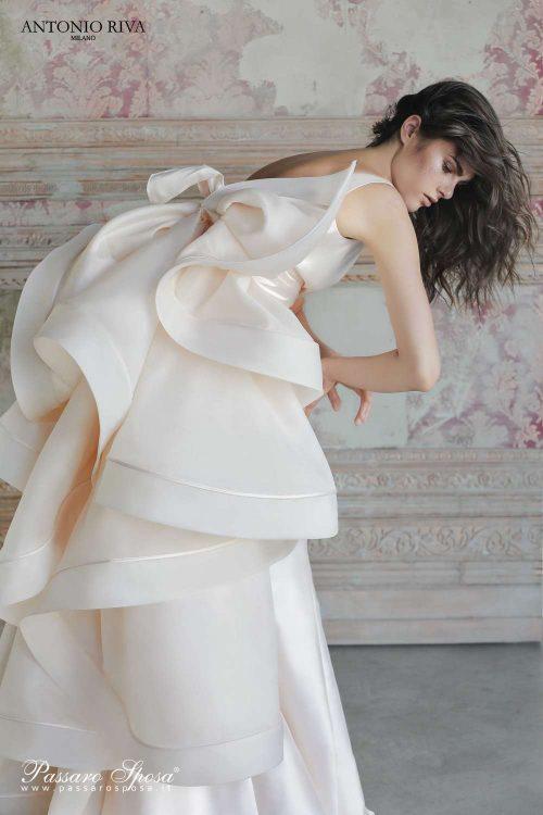 01-abiti-sposa-antonio-riva-2019-collezione-sposa