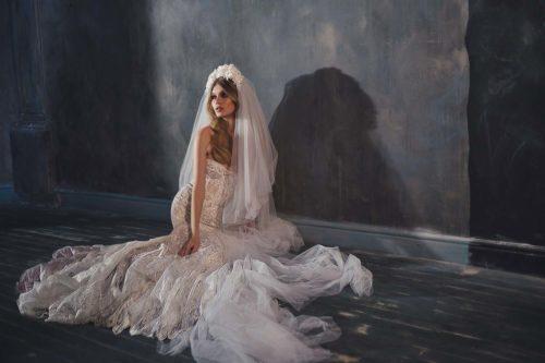 02-abiti-sposa-inbal dror-pure-2020