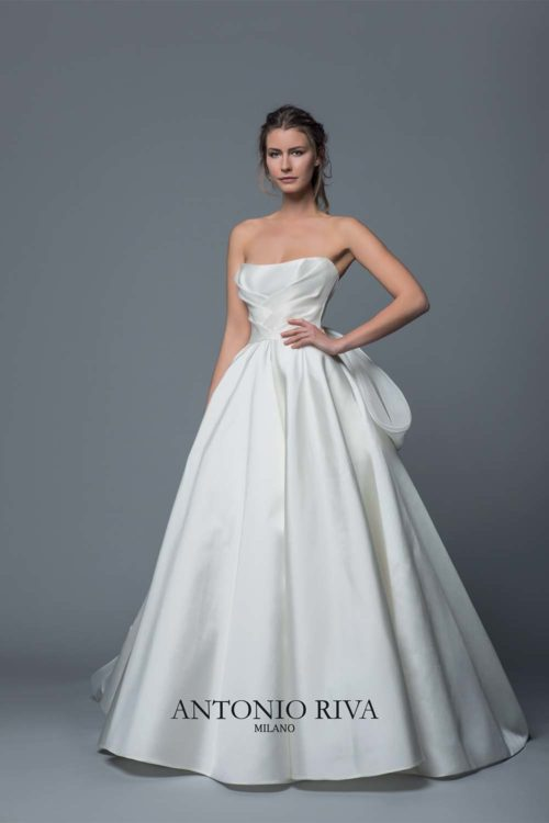 05-abiti-sposa-antonio-riva-collezione-divina-2020