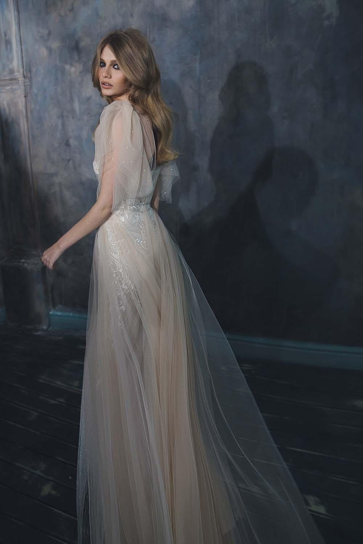 08-abiti-sposa-inbal dror-pure-2020