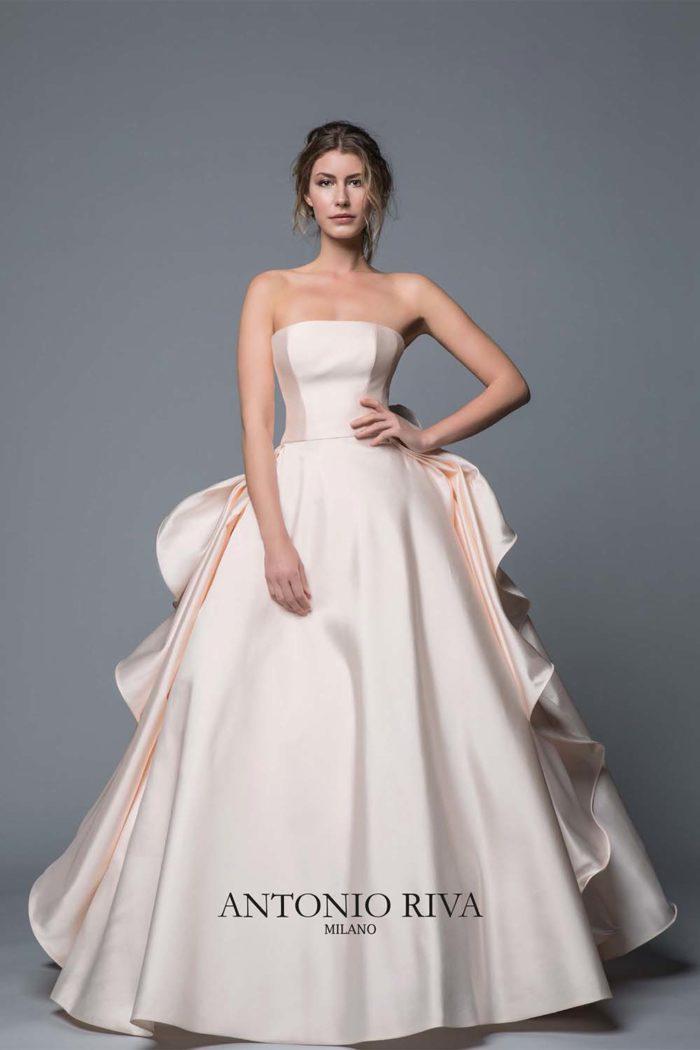 09-abiti-sposa-antonio-riva-collezione-divina-2020