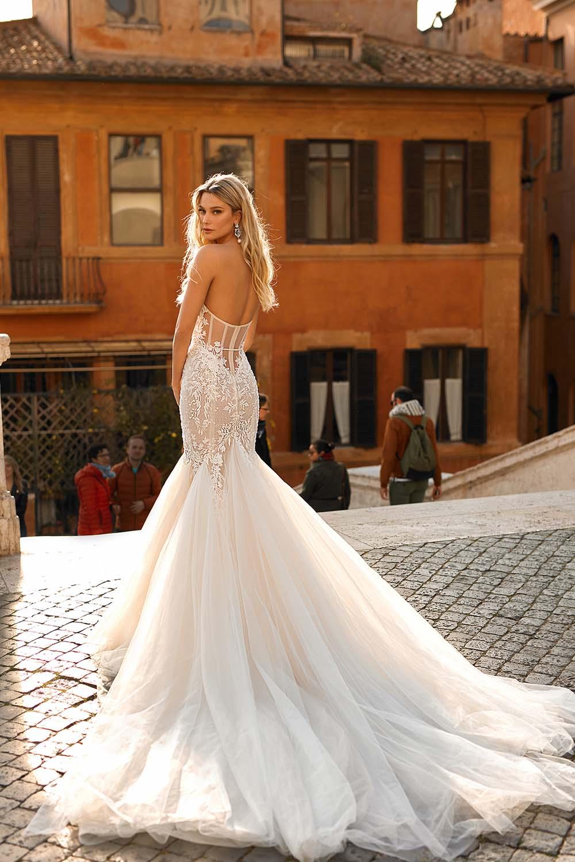 09-abiti-sposa-berta-privee-2020