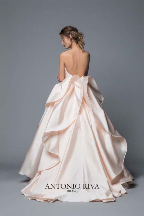 10-abiti-sposa-antonio-riva-collezione-divina-2020