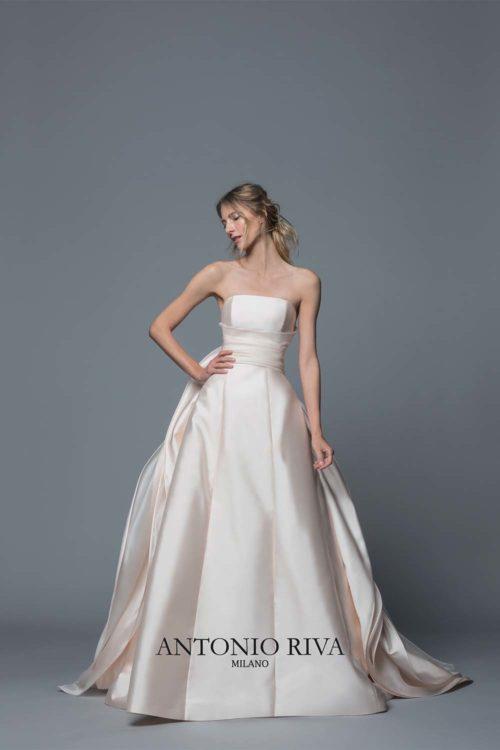 13-abiti-sposa-antonio-riva-collezione-divina-2020