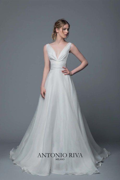 15-abiti-sposa-antonio-riva-collezione-divina-2020