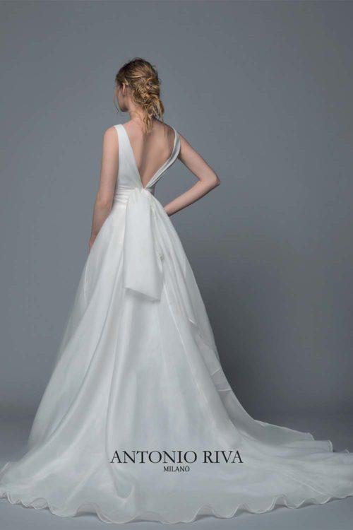 16-abiti-sposa-antonio-riva-collezione-divina-2020