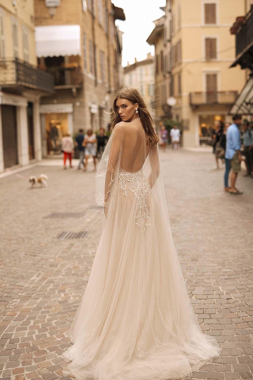 18-abiti-sposa-berta-privee-2020