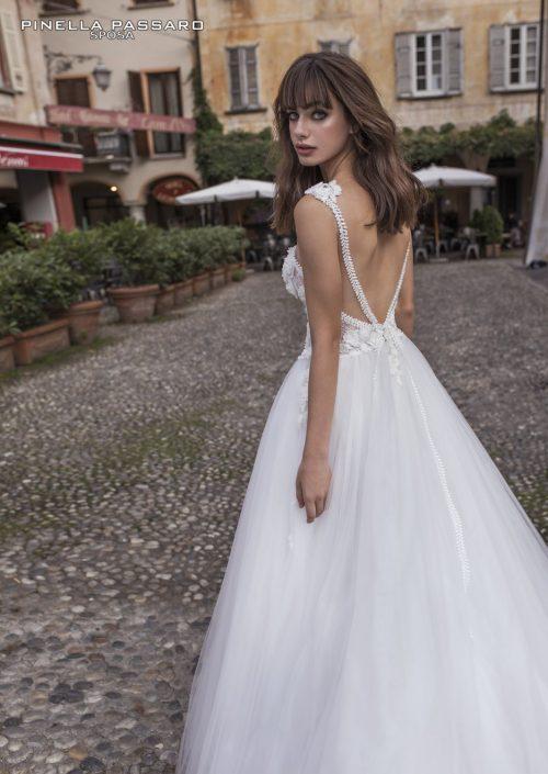 16-collezione-pinella-passaro-sposa-2018