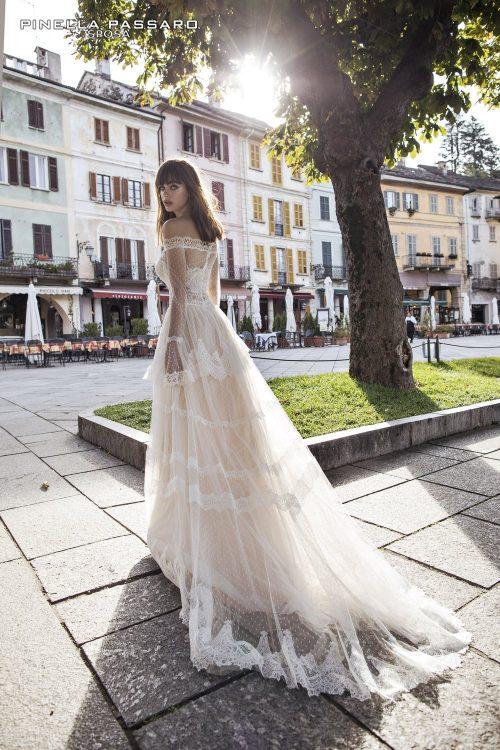26-collezione-pinella-passaro-sposa-2018