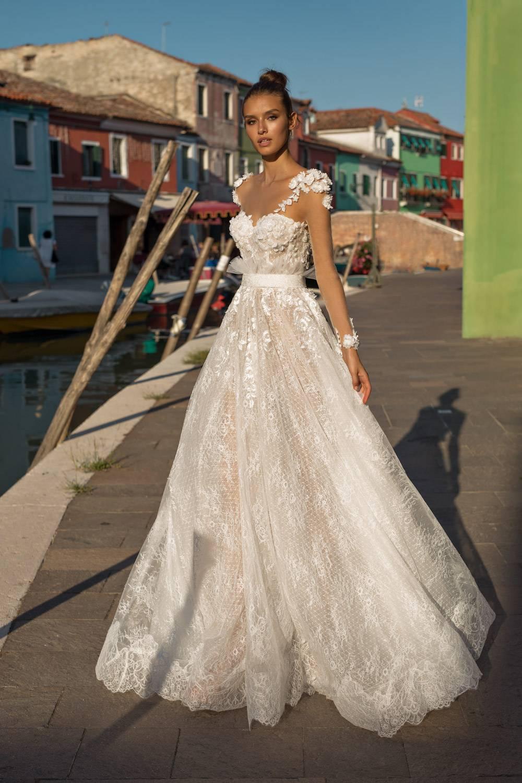 1d7526a1bb33 Pinella Passaro - Abiti da sposa 2019